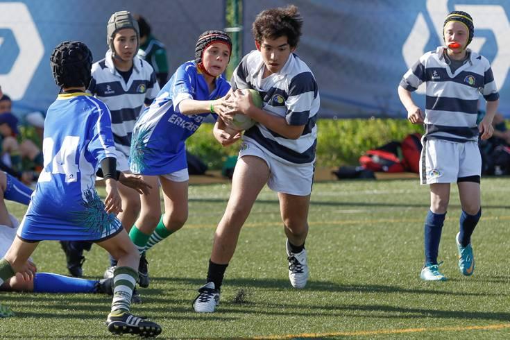 Créditos Carlos Rodrigues – Jovens da Escolinha de Rugby da Galiza em ação